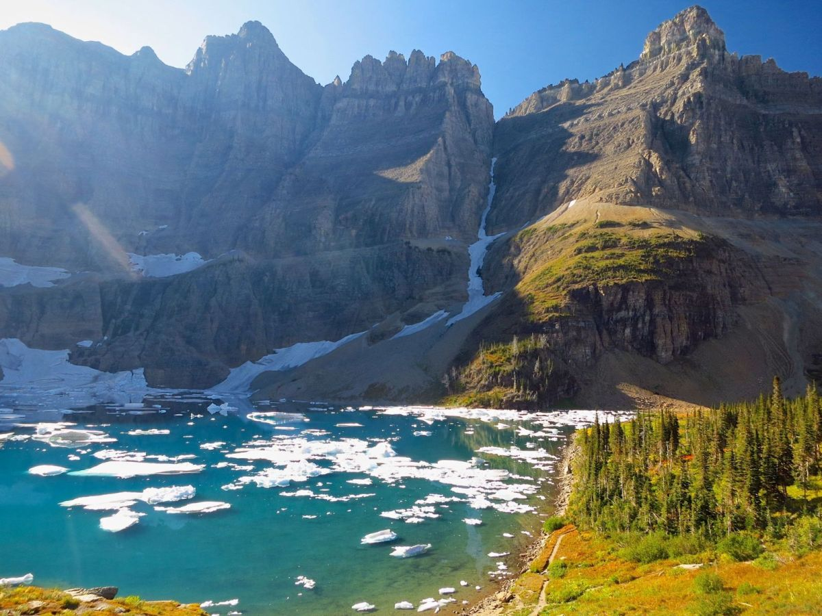 national parks, glacier national park, grinnell, highline, trail, hikes, adventure, forest, wildlife, wildflowers, nature iceberg lake