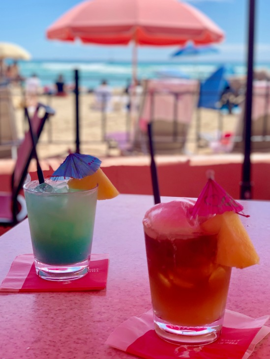 honolulu, waikiki, gorgeous beaches, palm trees, hawaii, sunglasses, hang loose, man tai, cocktail