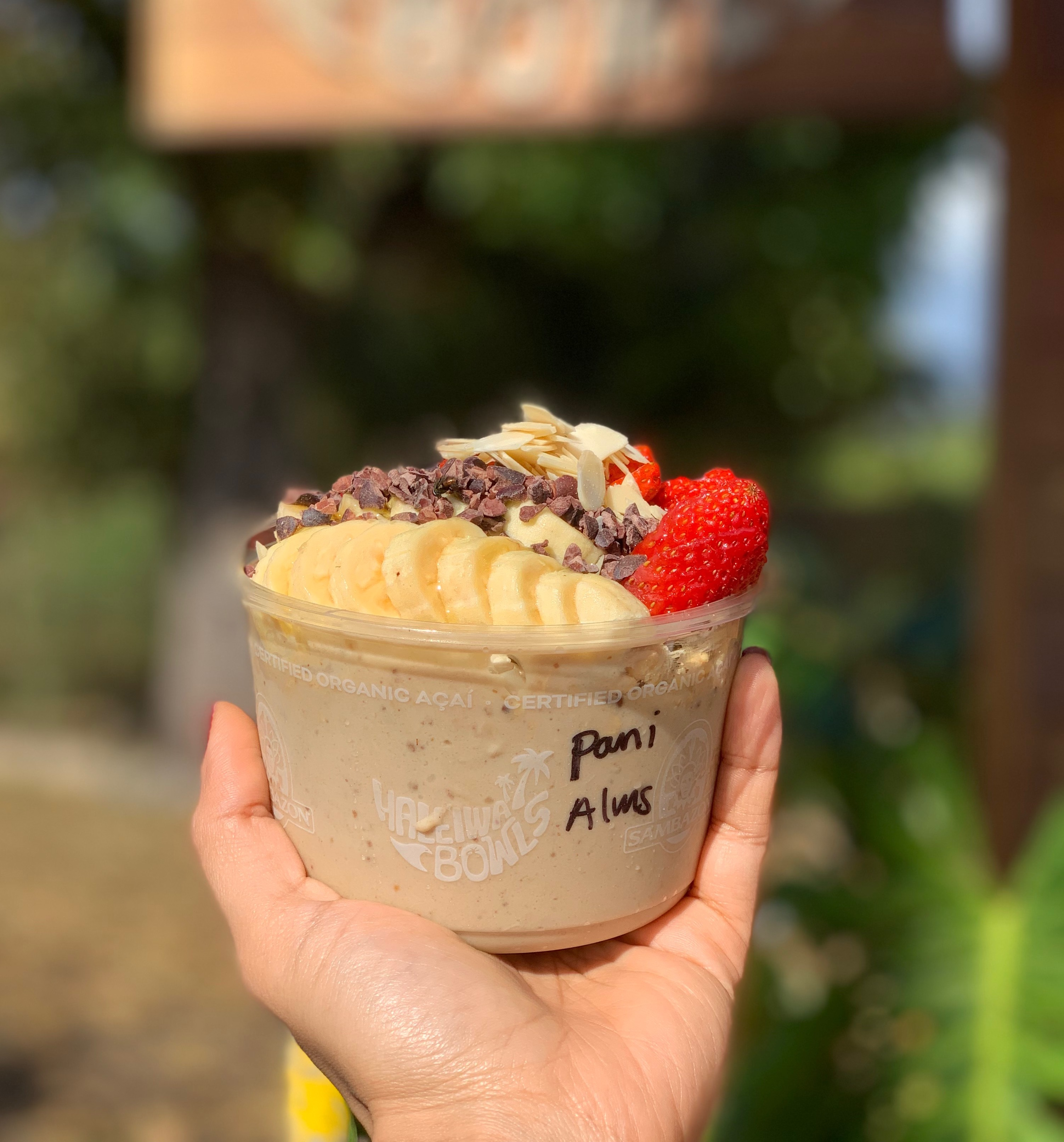 honolulu, waikiki, gorgeous beaches, palm trees, hawaii, sunglasses, hang loose, oahu, haleiwa bowl, acai bowl