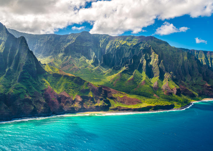 Stunning landscape, lush greenery of Kauai, hawaii, waimea canyon, napali coast